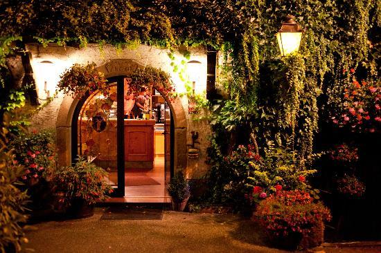 Au Caveau du Vieux Pressoir : The entrance