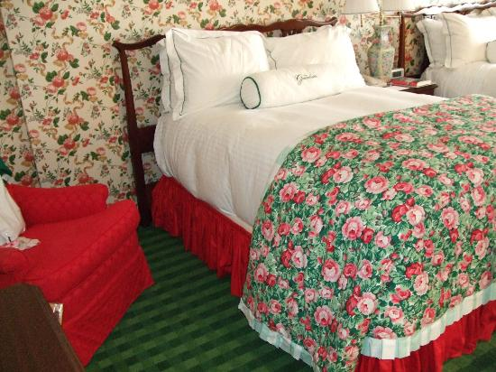 The Greenbrier: Guest bedroom
