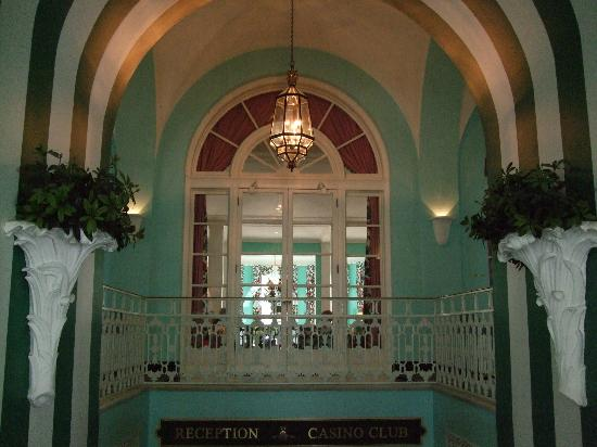 The Greenbrier: Colorful walls