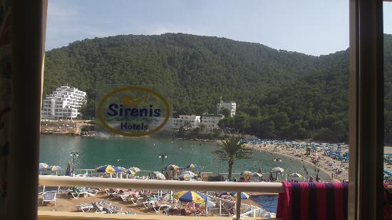 Sirenis Cala Llonga Resort: View from my bed