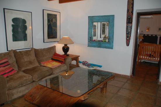 Rancho Sentosa: Living Room