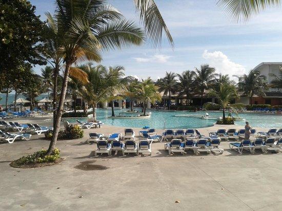 Coconut Bay Beach Resort & Spa: piscina das crianças 