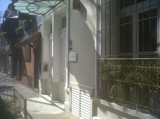 1555 Malabia House: Frente