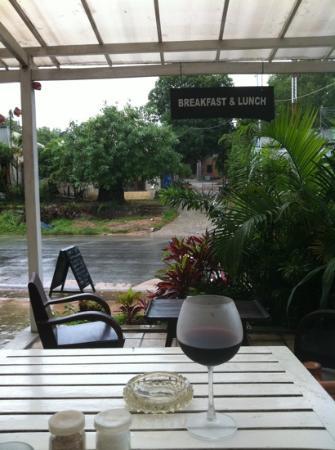 Mondo Restaurant & Lounge: lunch time