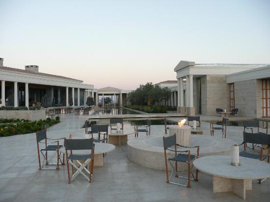 Amanzoe: The terrace