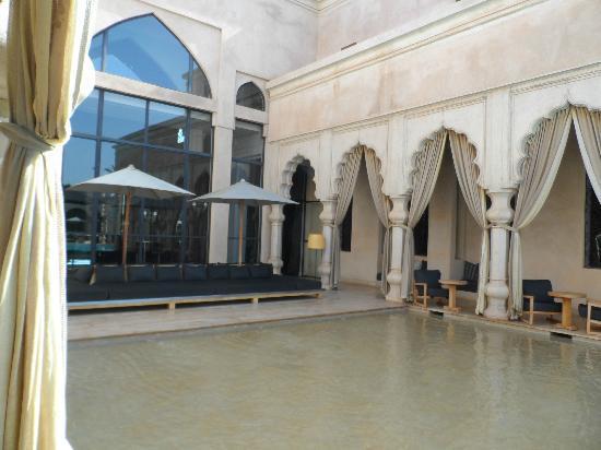 Palais Namaskar: Pool  area