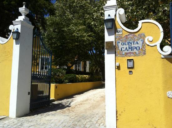 Quinta do Campo: Entrance gate
