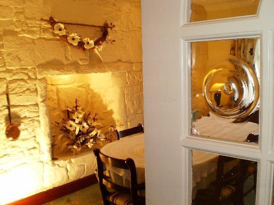 Shawlee Cottage: Dining Room