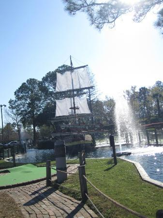 Pirate's Island Adventure Golf : A Pirate Ship right in the middle of the course. :)