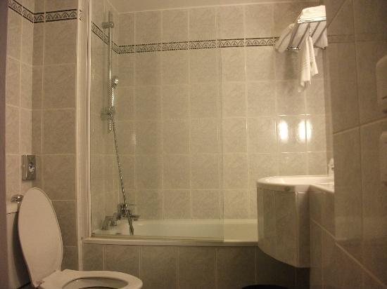 Ibis Styles Marseille Centre Prado Castellane: la salle de bain