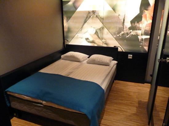 Comfort Hotel Xpress Stockholm Central: Habitación
