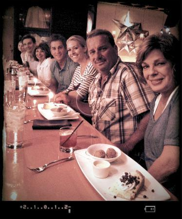 The Walking Gourmet : A happy tour group enjoying great food!