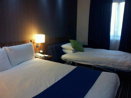 Holiday Inn Express Colchester: 2 persoonsbed met slaapbank