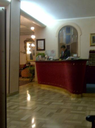 Astra Hotel: Reception