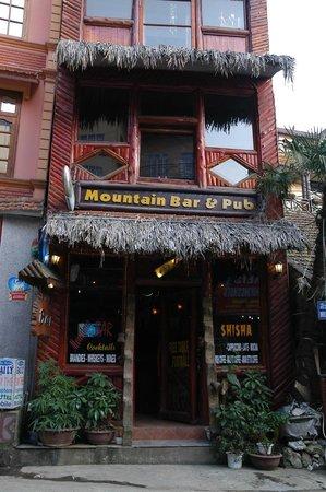 Mountain Bar & Pub