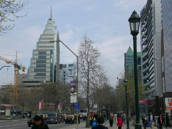 The Ritz-Carlton, Santiago: Busy street in front of hotel