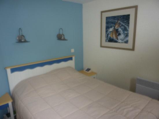 Pierre & Vacances Résidence Cap Azur : La chambre