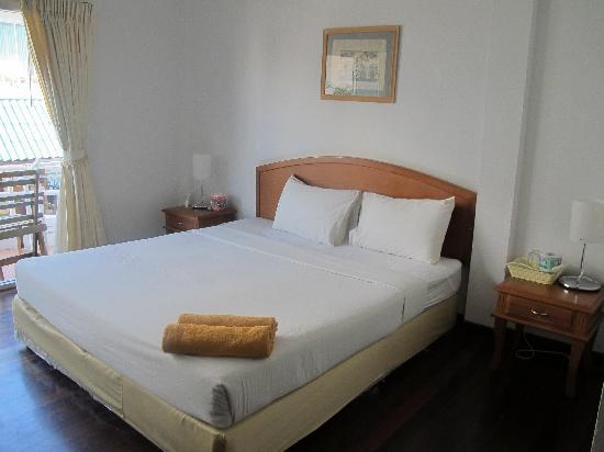 Cha-Am Villa Beach Hotel