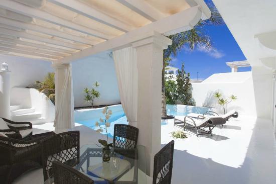 Bahiazul Villas & Club: Premier Garden Villas. Pool Area.