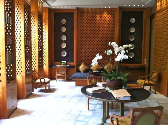 Amanjiwo Resorts : great library