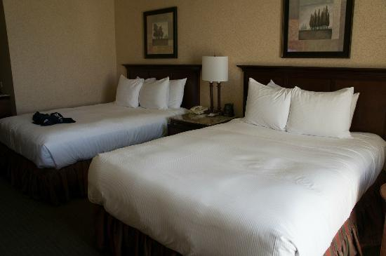 Hilton Eugene: 2 queen beds