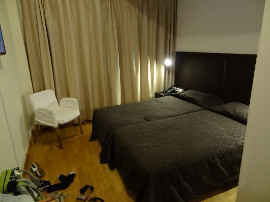 Hotel Niki: La chambre
