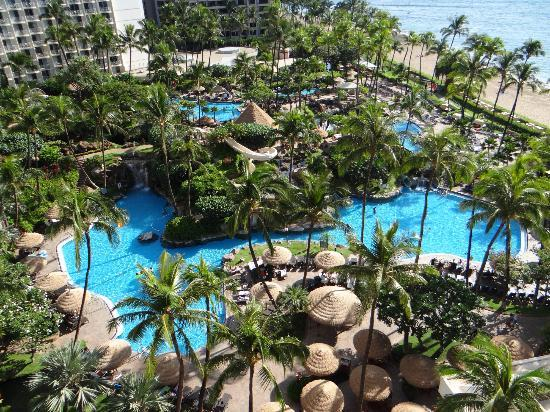 Westin Maui Resort And Spa: large winding pools