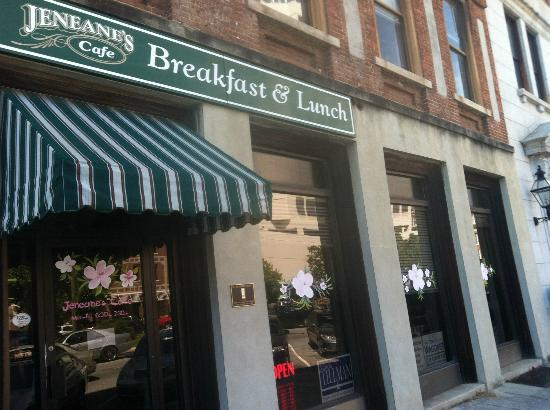 Jeneane's at Pinebrook: Right across from the U.S. Courthouse