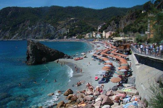 Cinque Terre, İtalya: Preciosas playas de Monterosso