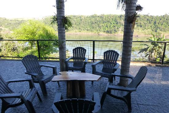 Costa del Sol Iguazu: Relax total desde el deck