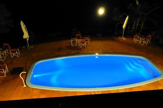 Costa del Sol Iguazu: Pileta nueva de noche
