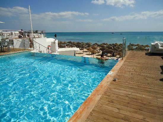 The Sindbad: pool