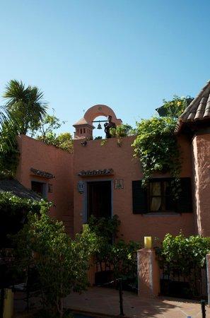 Amanhavis Hotel & Restaurant: the famous bell tower