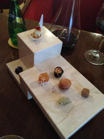Kuuk: Petite Fours de sabores de Mexico