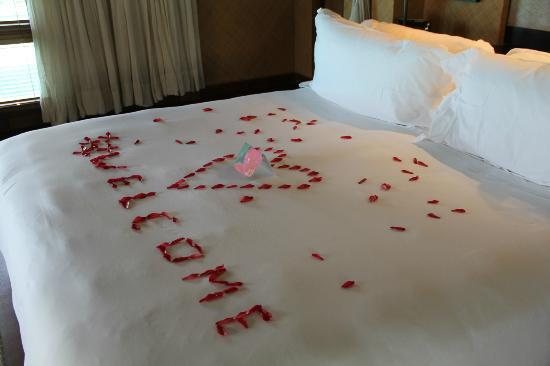 The St. Regis Bora Bora Resort: Decorated Bed