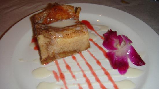 Kalaheo Steak & Ribs: Molokai Sweet Bread Pudding