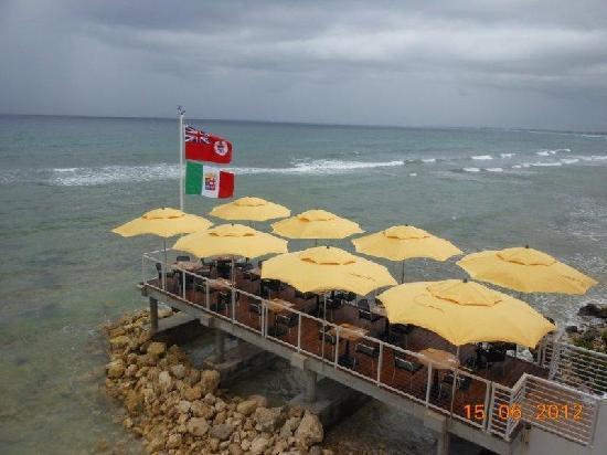 The Lighthouse Restaurant : New dock over Caribbean ocean