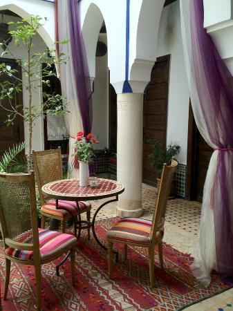 Riad Tamarrakecht: La nostra camera direttamente sul patio