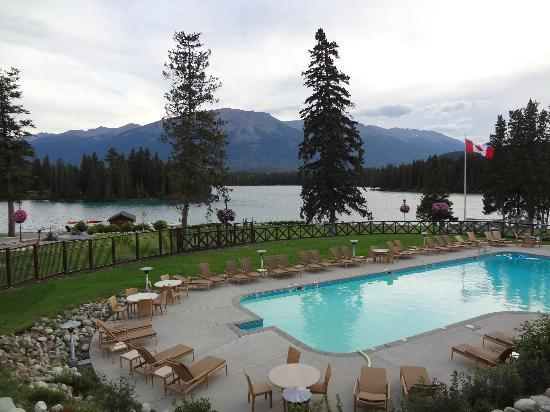 Fairmont Jasper Park Lodge : lake beauvert