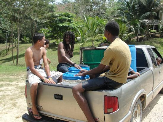 Cotton Tree Lodge: People we met at the river float