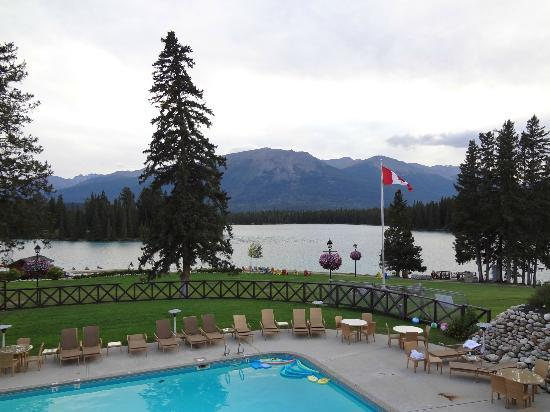 Fairmont Jasper Park Lodge: Lake Beauvert