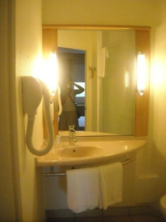 Hotel Ibis Martigues : bagno