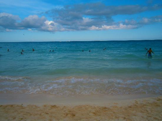 Hotel Riviera Caribe Maya: Playa en la tarde