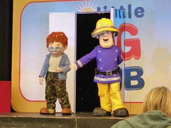 Butlins Shoreline Hotel: Sam Show