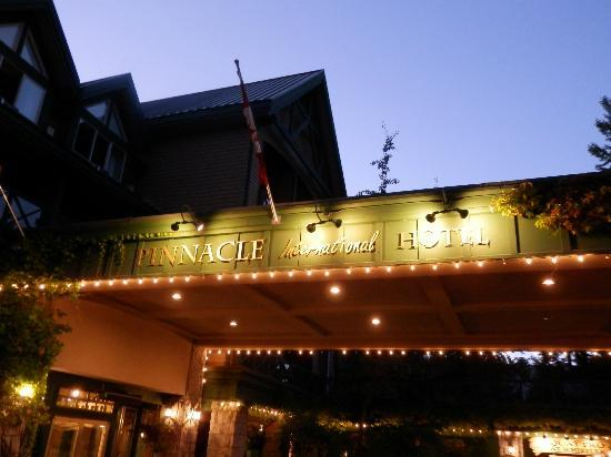 Pinnacle Hotel Whistler: Hotel