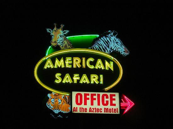 American Safari Motel sign
