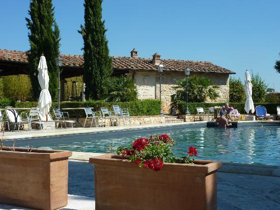 Castello delle Serre: Pool Area