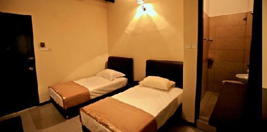 Etika Inn: Twin Beds