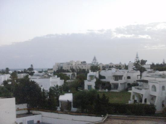 El Mouradi Beach: 225