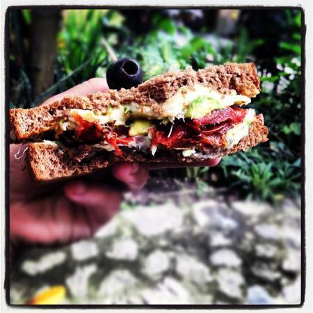 Saberico: sandwich vegetariano